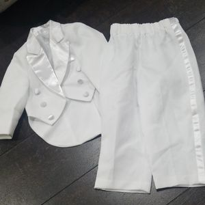 Infant tuxedo 3 piece suit white used once  9 mos
